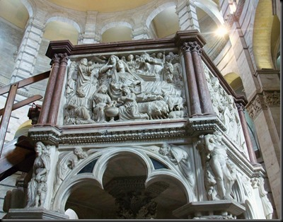 Púlpit_del_baptisteri_de_Pisa